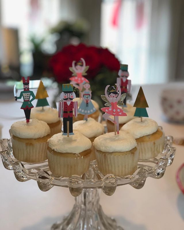 Nutcracker Christmas cupcakes from @kimscatering.and.desserts Delicious!
