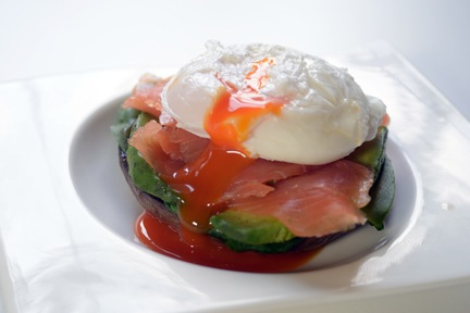 Poached egg special with avocado & smoked salmon -