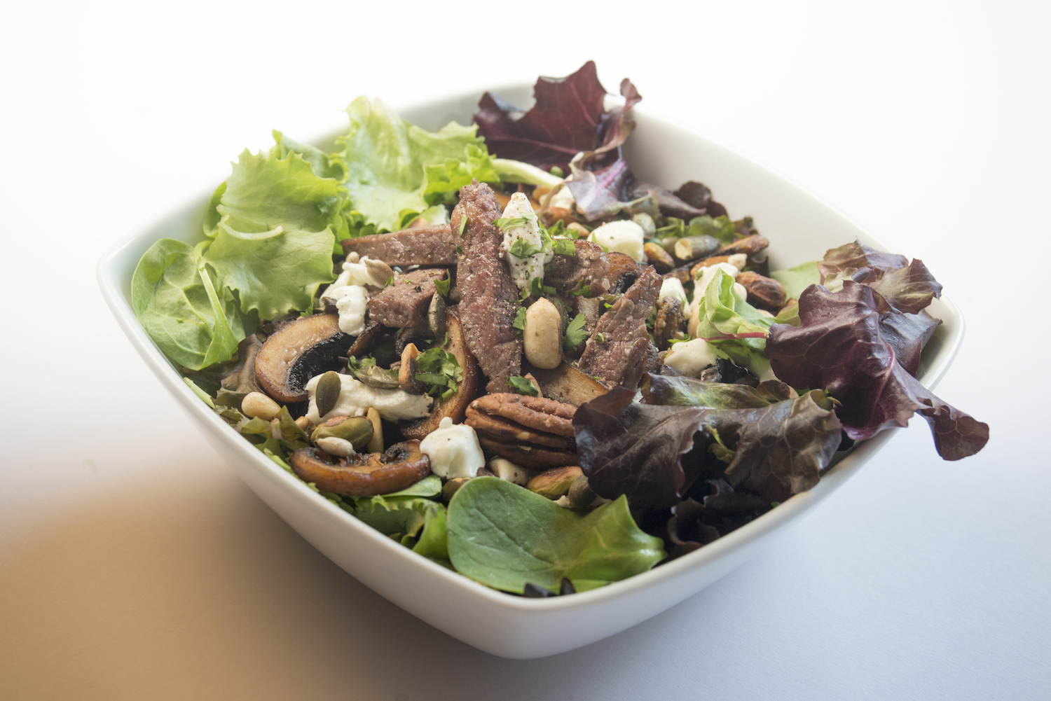 roast beef and goats cheese salad -