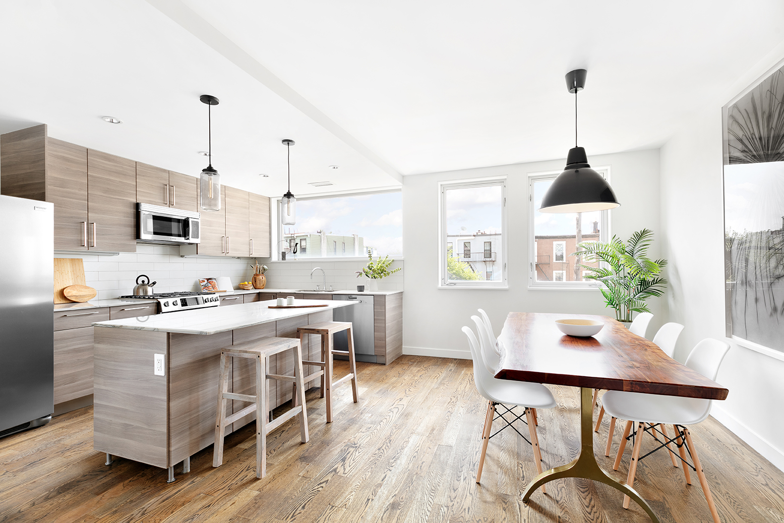 CONTRACT   :    126 19th Street Avenue, Apt 1