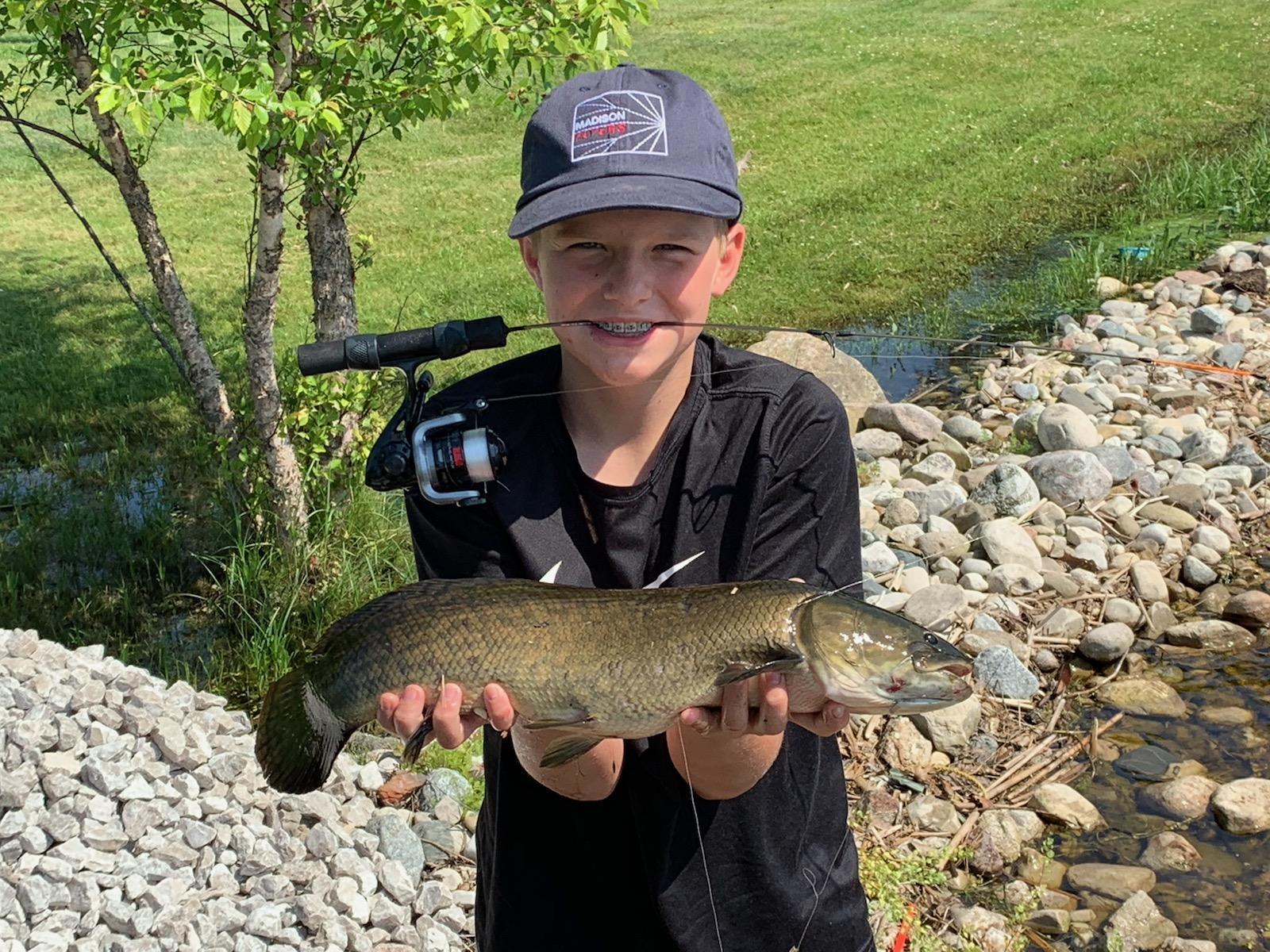 Carson 25 inch Dog Fish