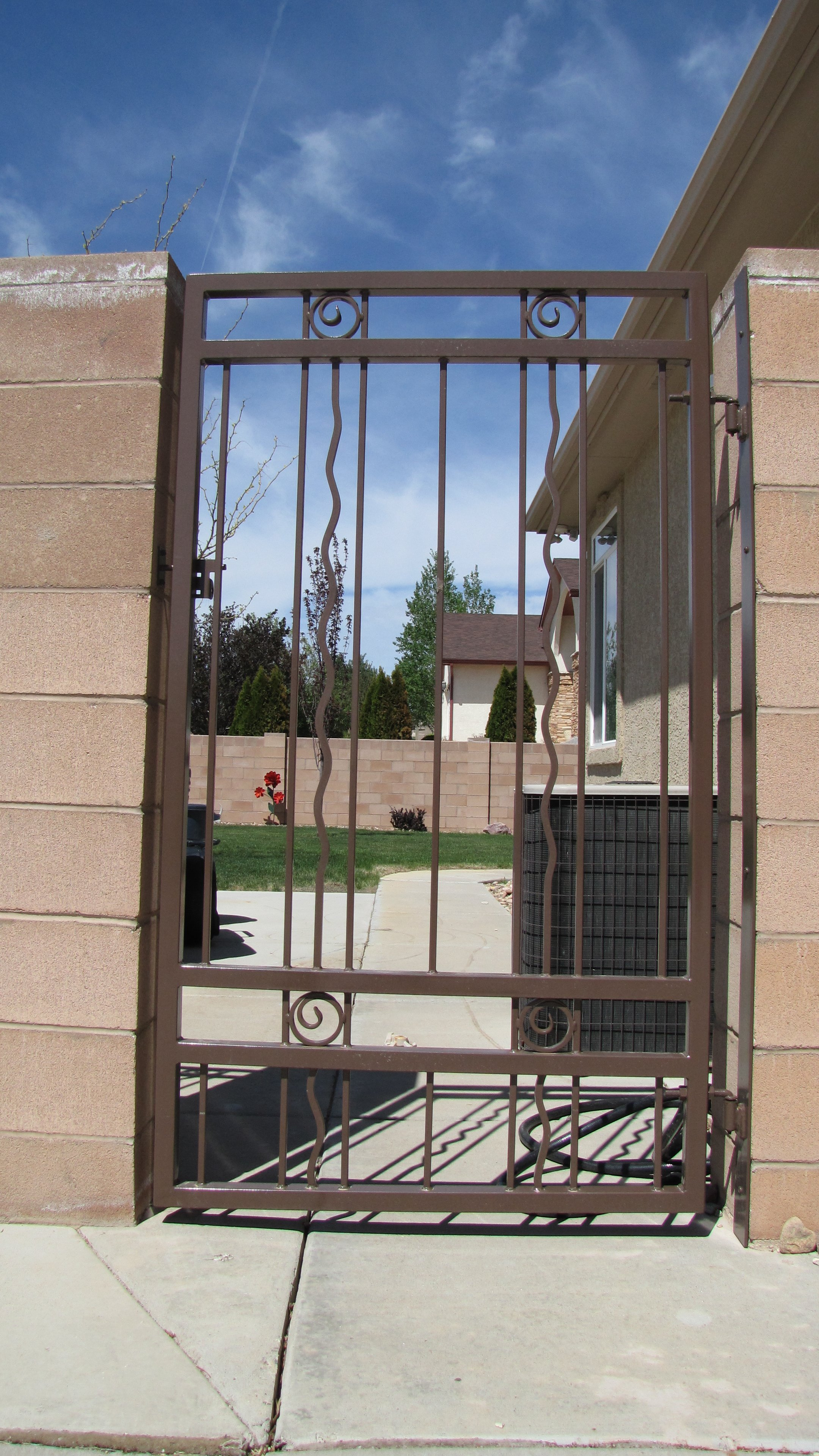 Trujillo fence and gates0003.JPG