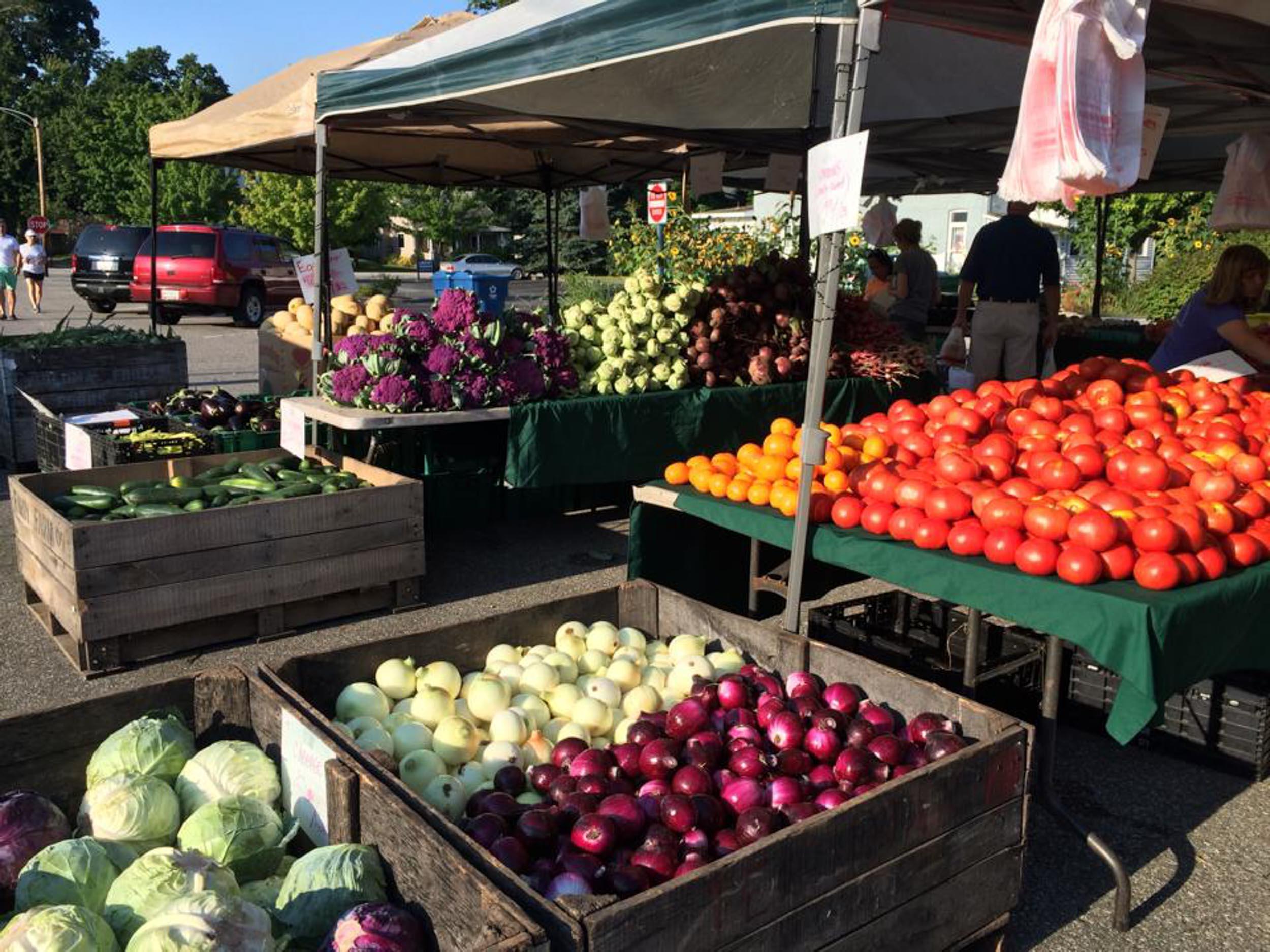 FOOD + BEVERAGE MANUFACTURING -