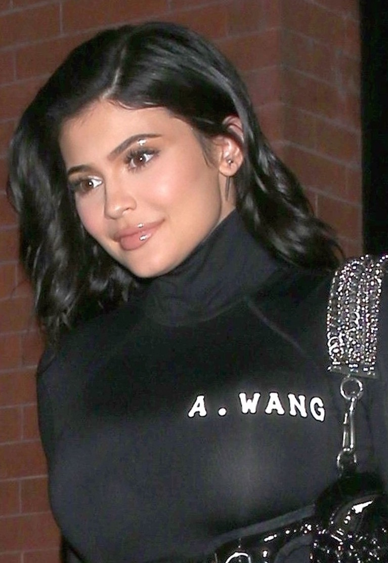 kylie-jenner-wears-form-fitting-outfit-for-night-out-ahead-of-met-gala-03.jpg