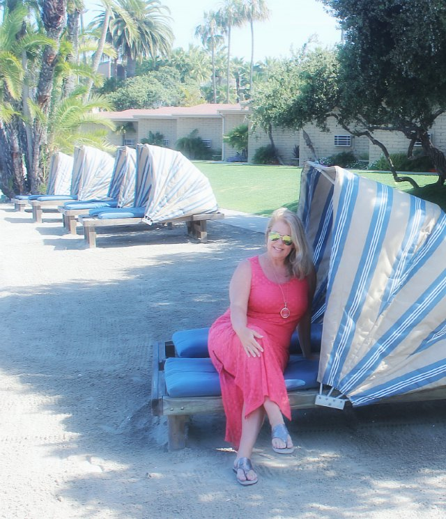 San Diego Getaway and the beachfront lounge and suites Heather Lindstrom Stylemindchic Life