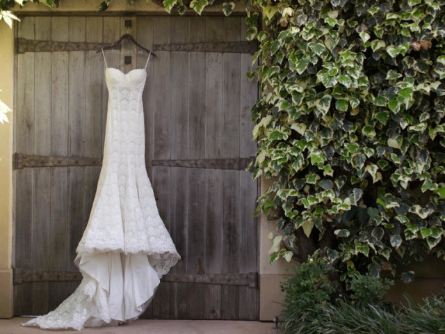 Wine-country-wedding-stylemindchiclife-jasminestar-theknot at Chateau St. Jean and the wedding gown