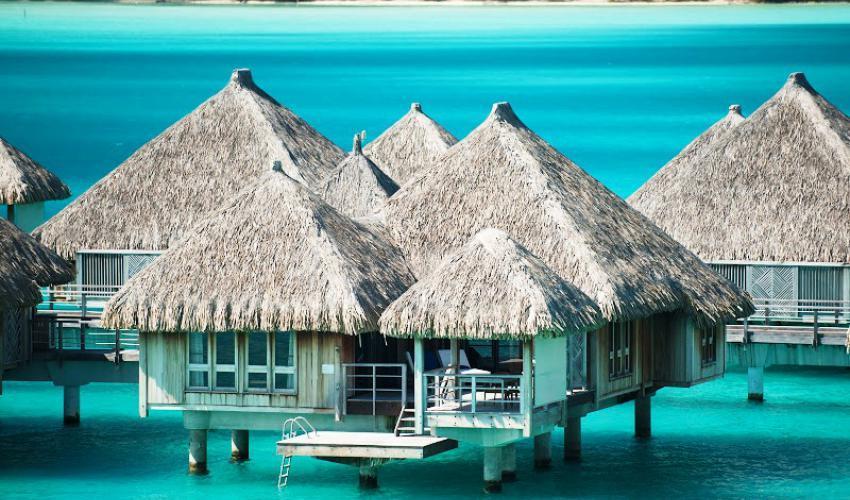 St_Regis_Bora_Bora_Resort_07.jpg