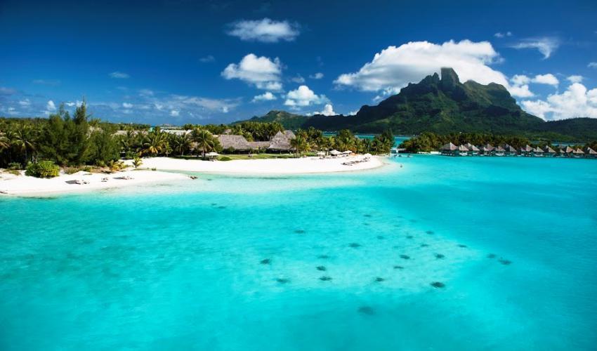 St_Regis_Bora_Bora_Resort_16.jpg
