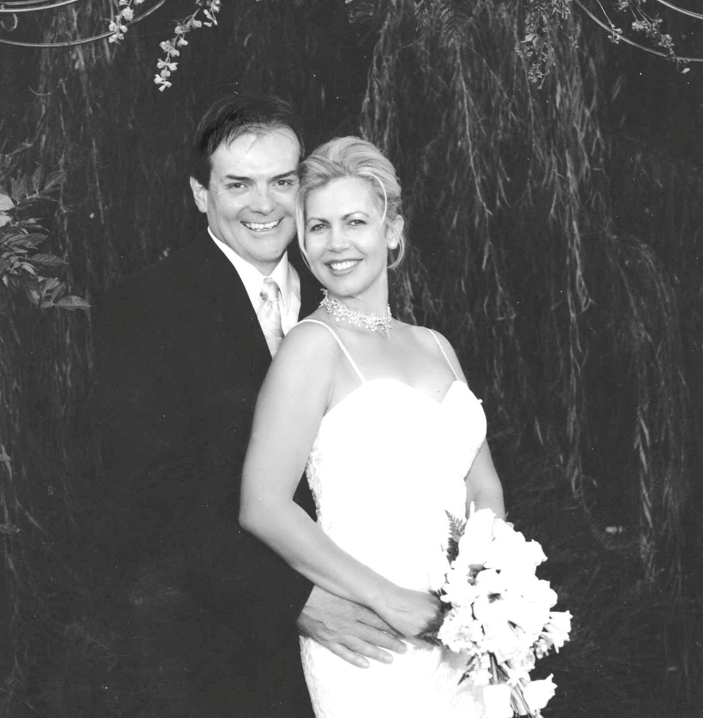 Scott and Heather Wedding shot b and w.jpg
