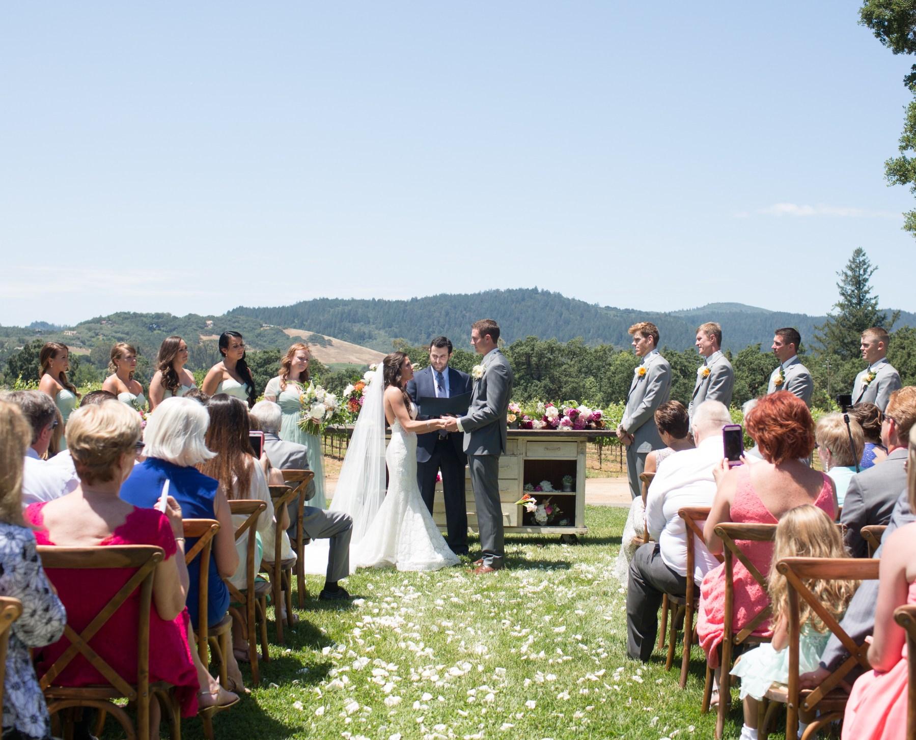 wine-country-wedding-stylemindchic-jasminestar-theknot and the wedding ceremony in wine country