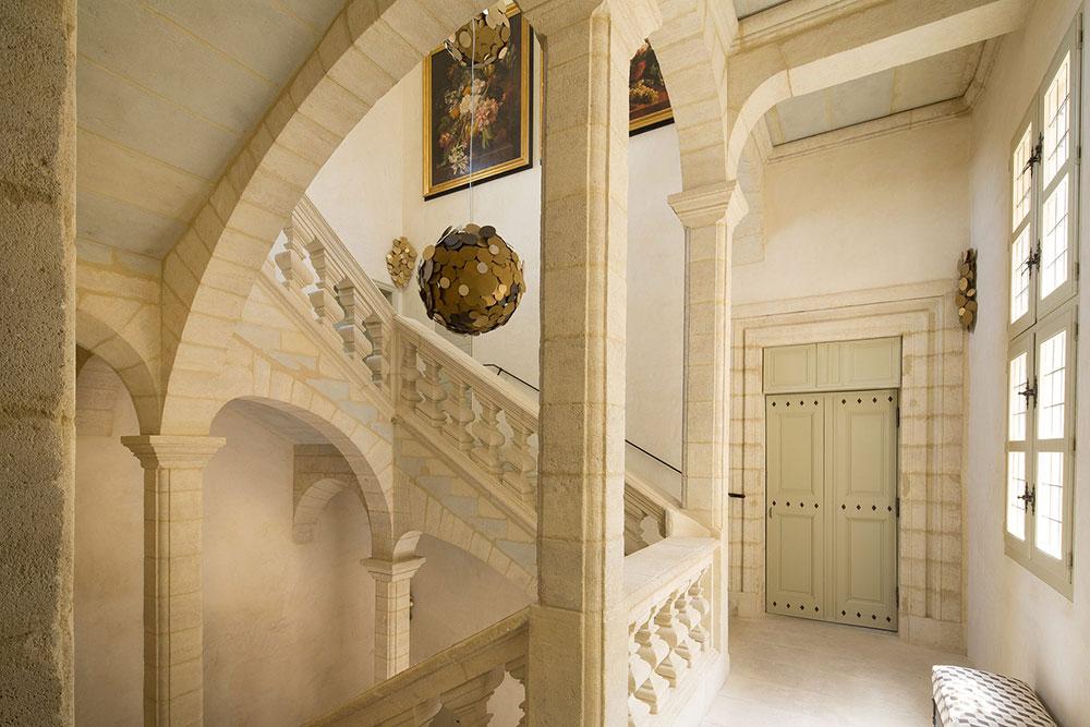3-hotel-lamaisonduzes-Escalier-d-Honneur.jpg