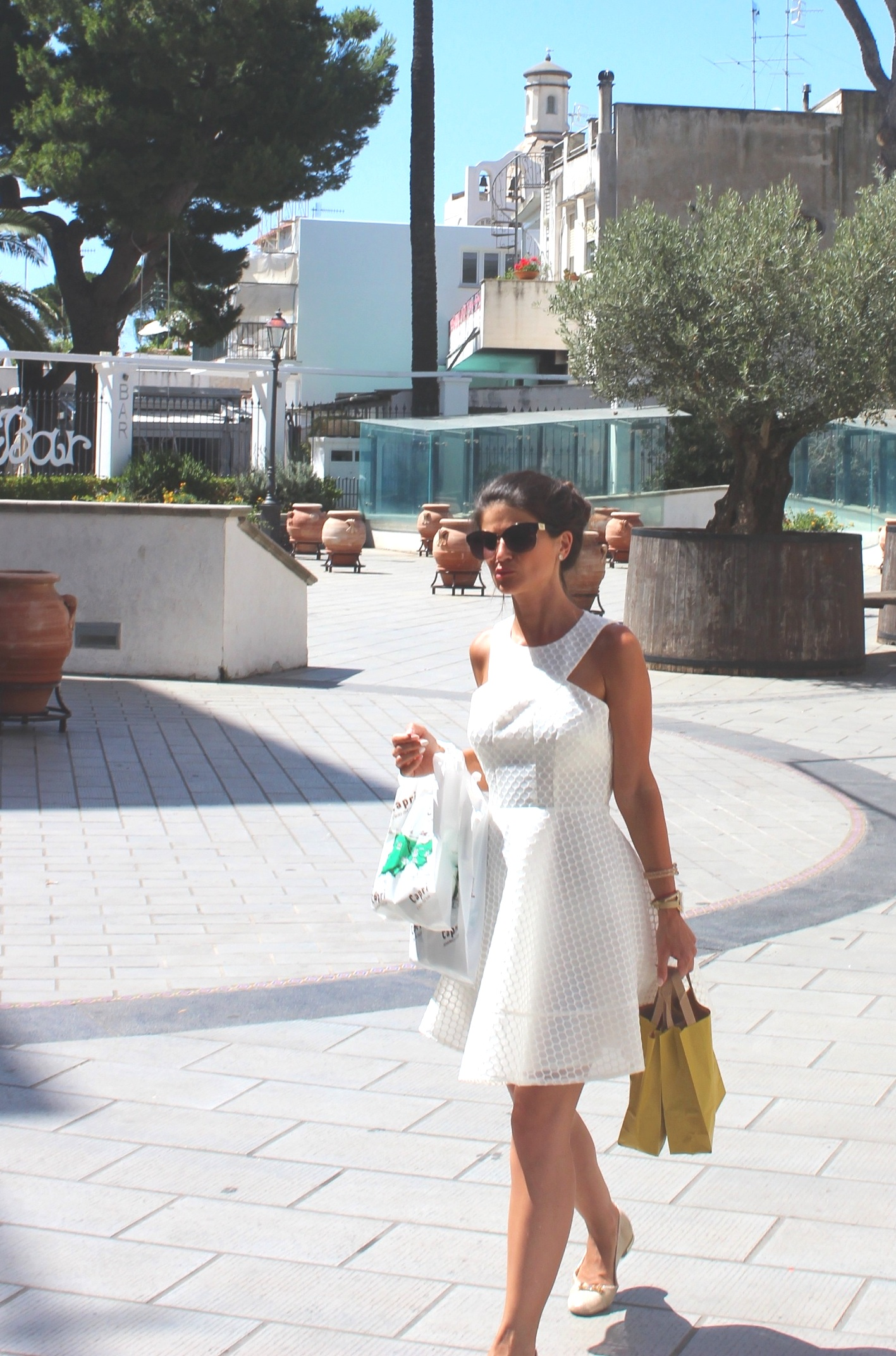 The White Dress is EVERYTHING