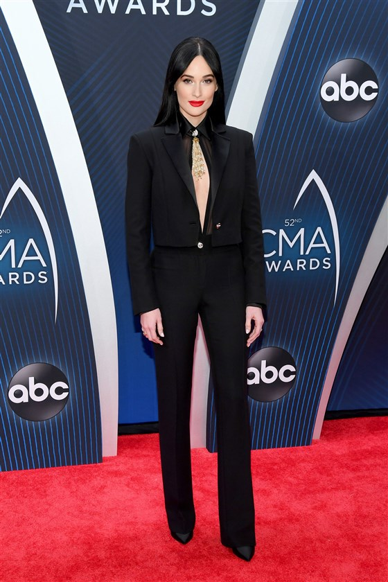 cmas-kacey-musgraves-today-inline-181115_d22e92c34f094c7e0fef085acb2c1750.fit-560w.jpg