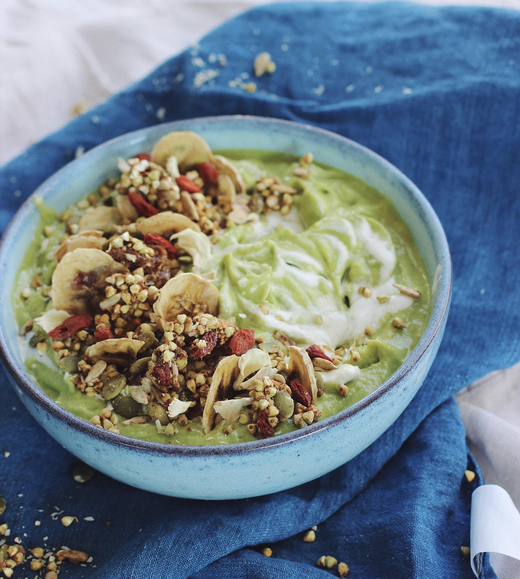 Green Smoothie Bowl - recipe below