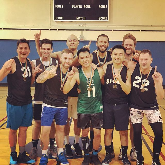 @SFGBA 2019 Spring Season #Champs - Team @jayhatesmustard - Congratulations on a great season! 🥇🏆🥇 #gaybasketball #queersports #sanfrancisco #teammates #🏀