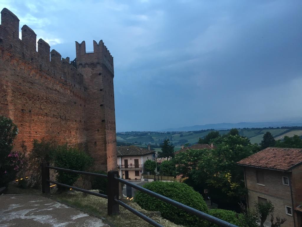 gradara castle.jpg
