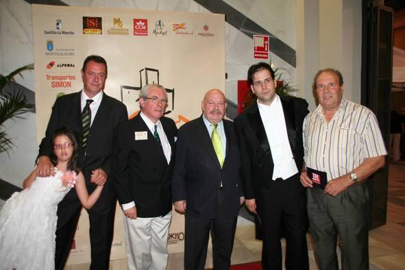 Fundacion con José Mª Iñigo.jpg