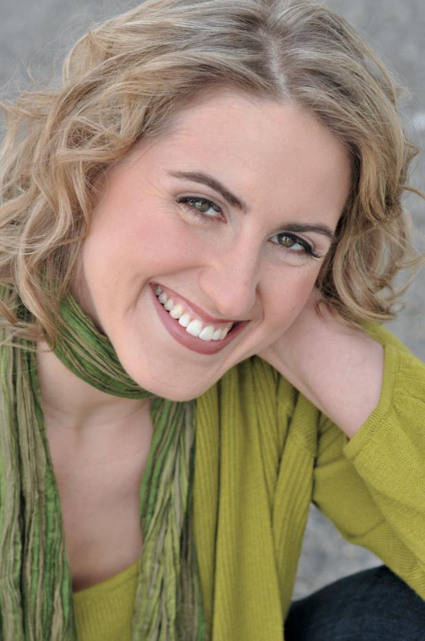 Jacquelyn Wagner. Headshot. Green.jpg