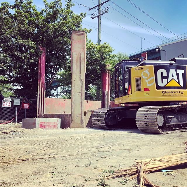 Digging deep with Slide Rail Shoring to expose the incoming North Shore Sewer Mainline at Lions Gate WWTP!  #michels #GVRD #gravityconstruction #cat335f #civilconstruction #directequipment