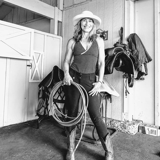 "Playing "" cowgirl "" on my sister's Ranch near #ashlandoregon for a month this summer. I feel so #grateful for the time and #yoga to keep me #strong and #flexible enough to go from an urban life to riding #horses all day ! . . #yogafitness #sabbatical #fit50 #medfordoregon #ranchlife #smile #love #passion #horserider #equestrian"