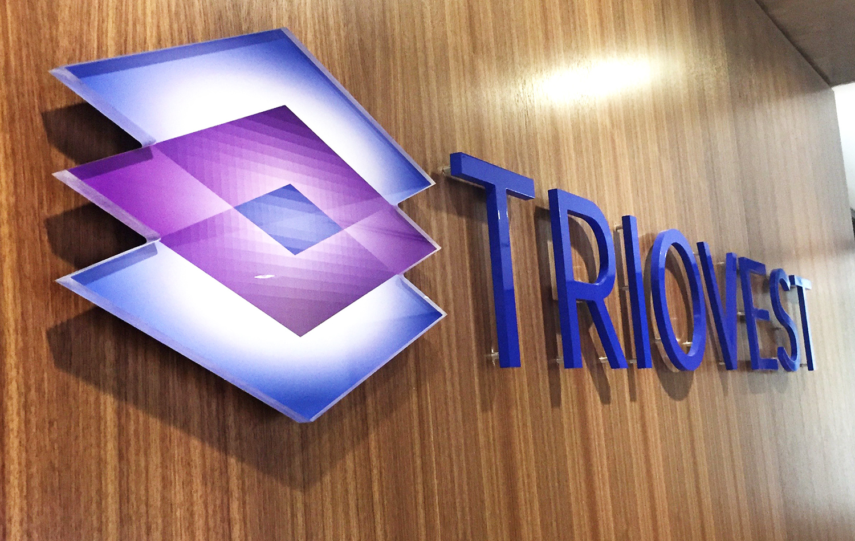 Triovest Logo CCC.jpg