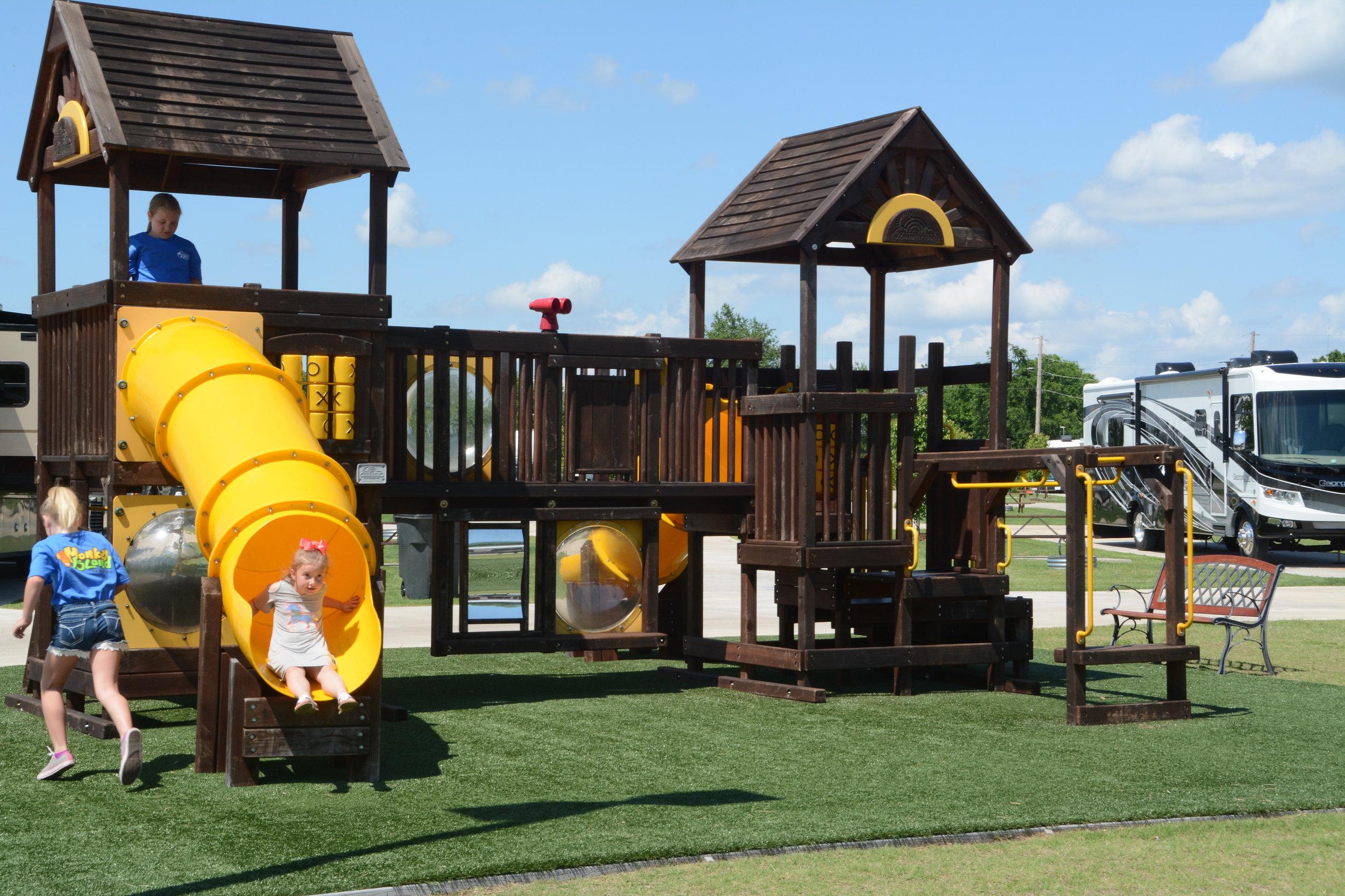 Playground-MonkeyIsland.JPG