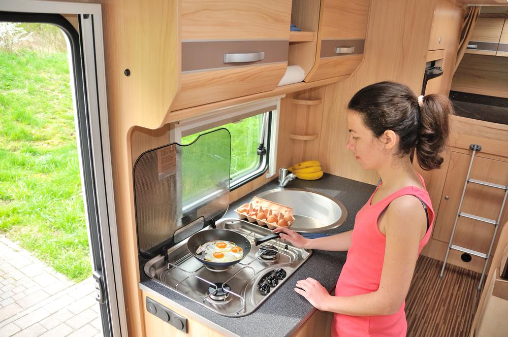 rv kitchen.jpg