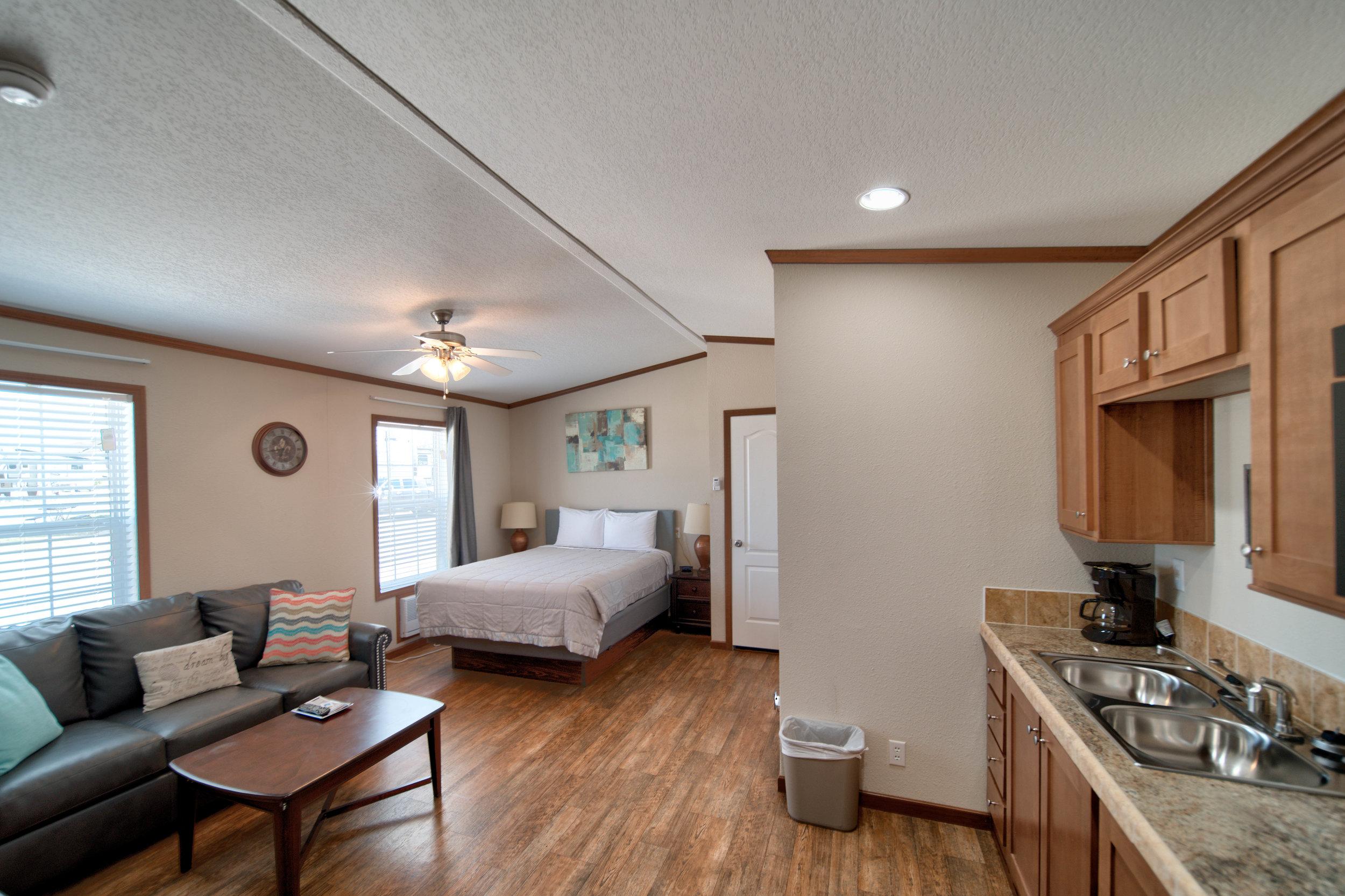 grand lake Oklahoma cabin rental.jpg