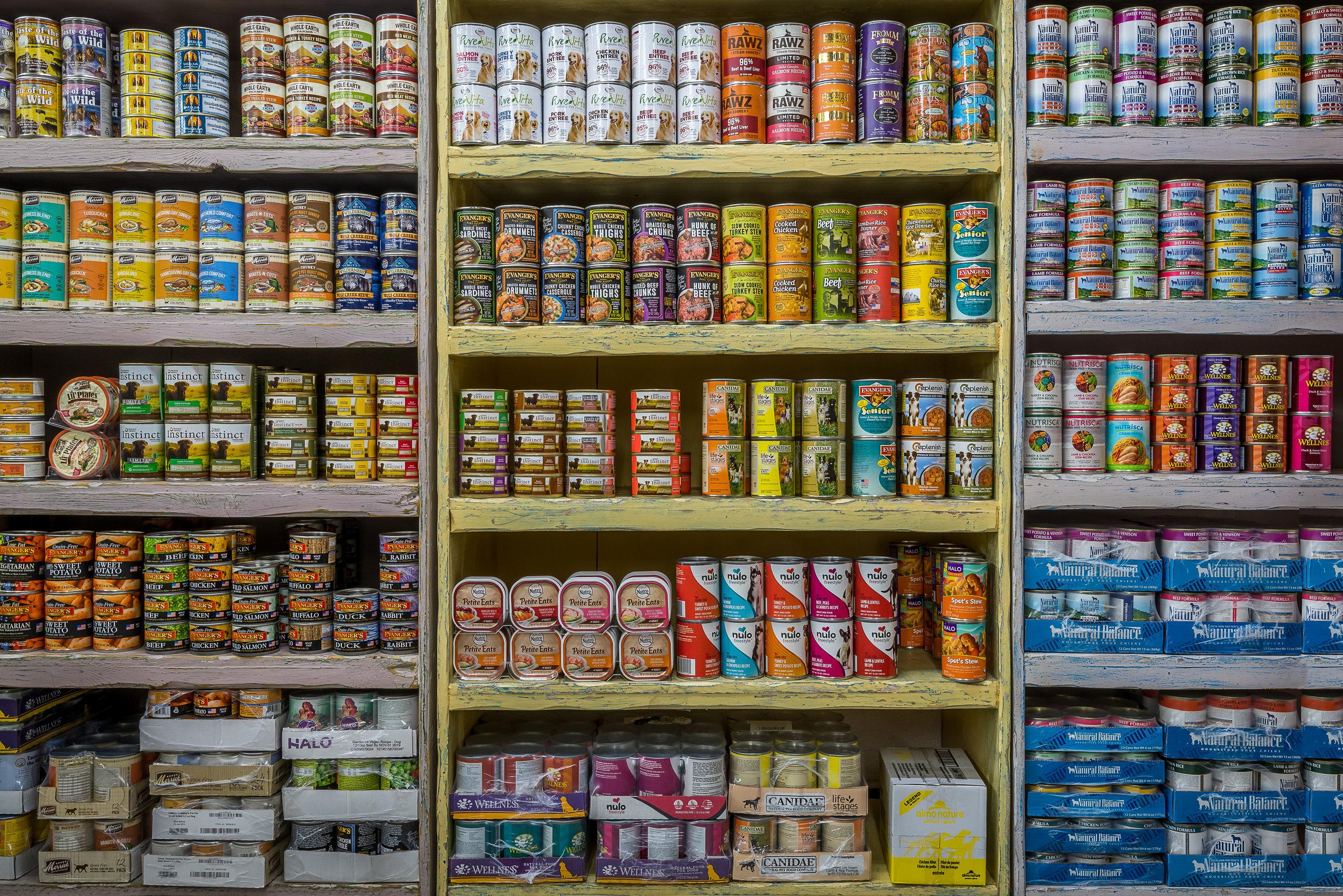 food-animal-crackers-pet-store-los-angeles