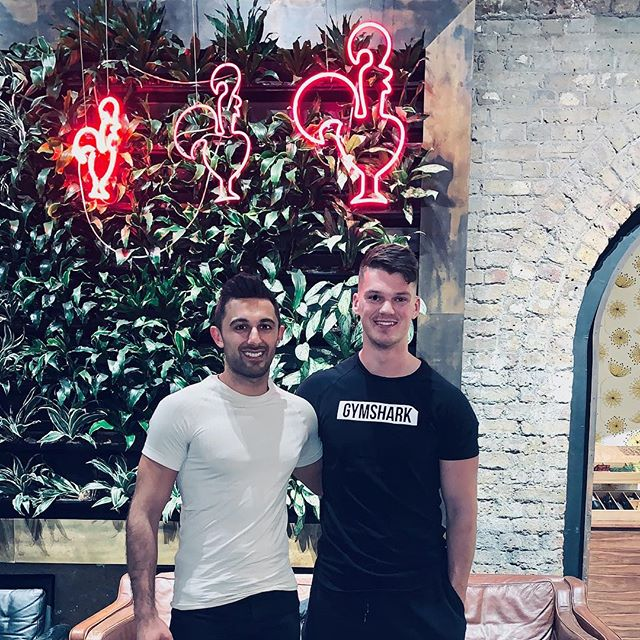 Great catching up with uni friend Ben Francis - Founder of @gymshark. In Nando's of course. . . It's so important to surround ourselves with positive, supportive people who want us to strive for bigger and better. . . Ben has built an incredible £100m global brand and really is an inspirational friend making waves in the fitness space. Fitness has been a huge part of my mental wellbeing and I know has helped so many balance our ever busy lives. . . . . #wellbeing #gymshark #mentalhealth #selfcare #tlclions #london #wellness