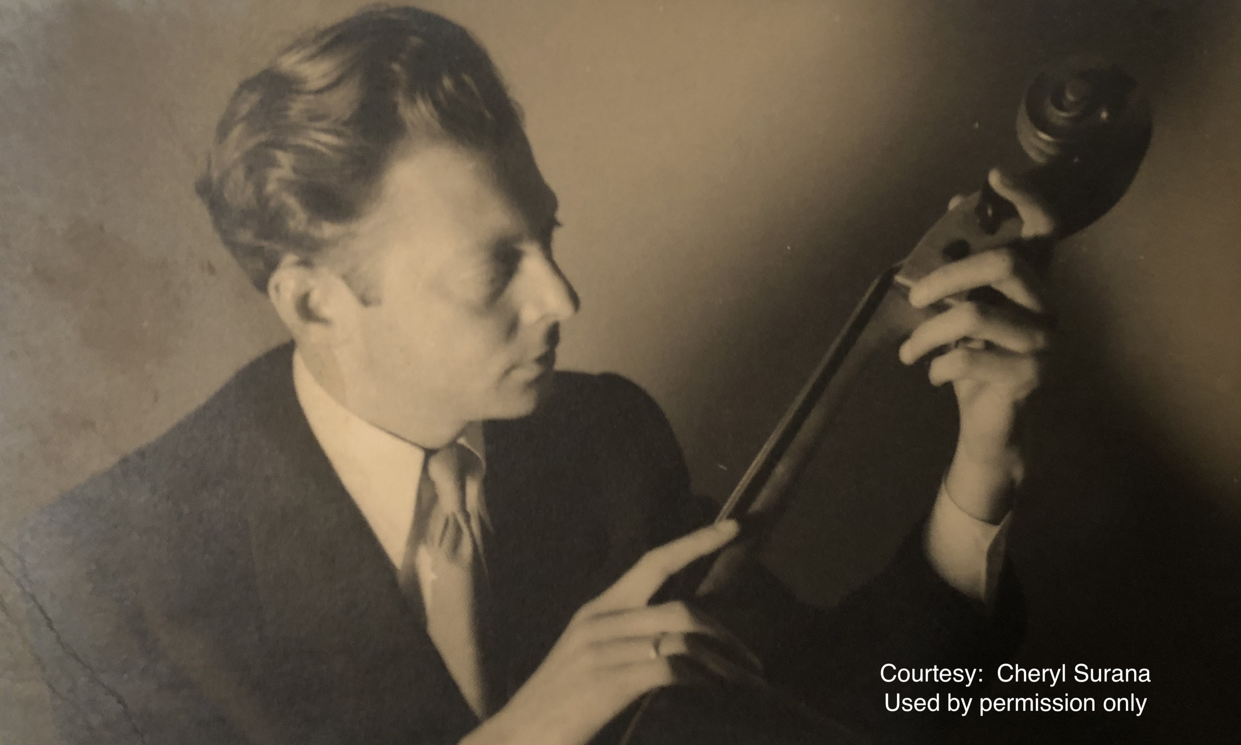 Lev Aronson gasing at his cello.JPG