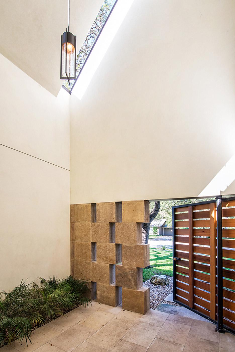 laurelwood-house-residence-home-austin-texas-usa-architecture_dezeen_18.jpg