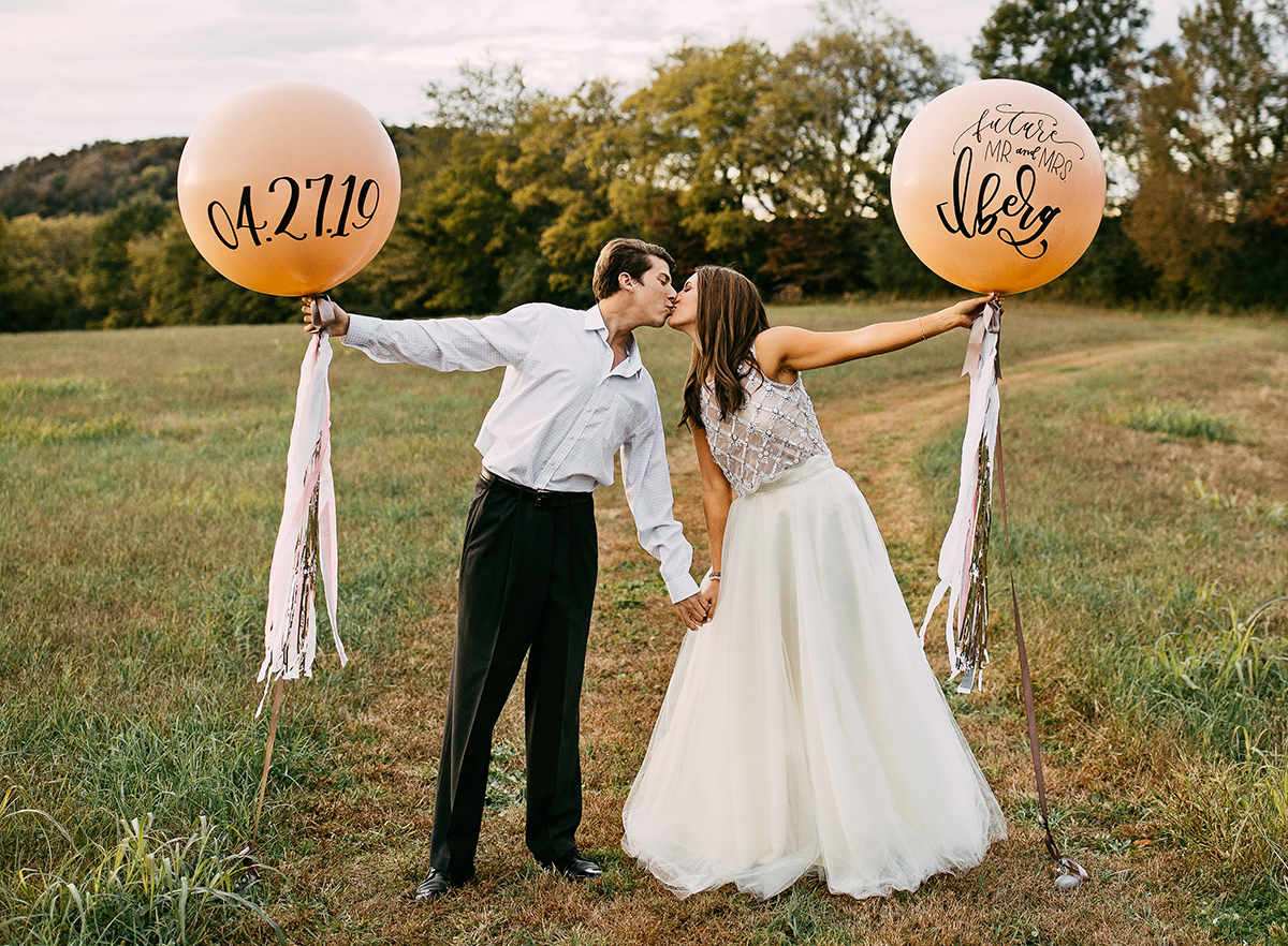 Kelly_Ginn_Vroom_Vroom_Balloon_Hand_Lettered_Wedding_Balloons_calligraphy_engagement_photo_small.jpg