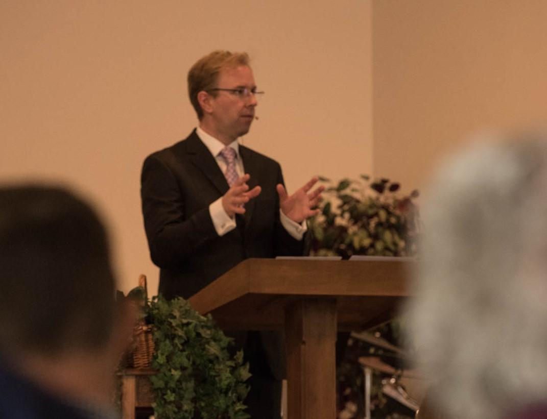 Media - listen to Sermons online