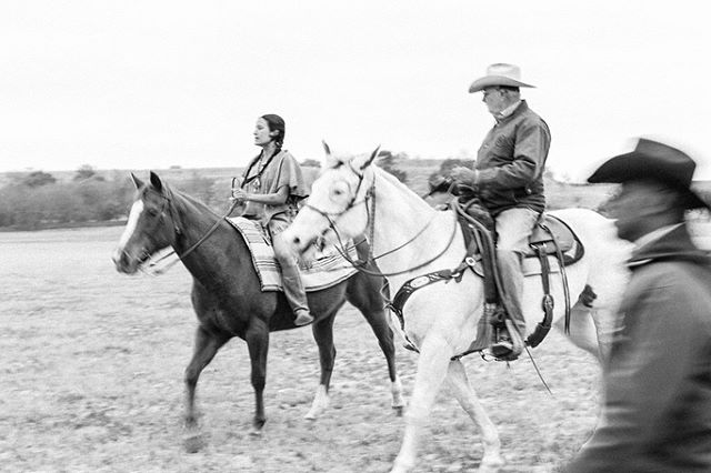 Saddle your own horse, as they say. Our actress Alex getting horse lessons from our wranglers from Buckshot Bob's Diamond A Bar Livestock Productions with Bob himself and Tam Phillips. PC: the talented @kilpat giving us some serious Richard Prince vibes