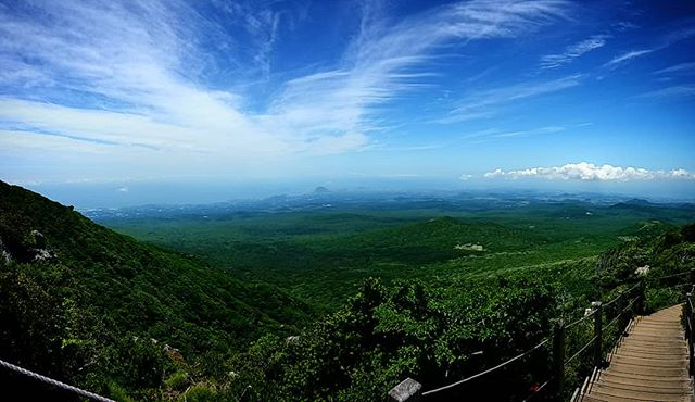 View from the top of Mount Halla on Jeju Island in Korea.  #mounthallasan #한라산 #hiking #climbing #jejuisland #제주 #제주도여행 #등산 #volcano #travel #landscape #panorama #photography #travelphotography #outdoors #nature #freshair