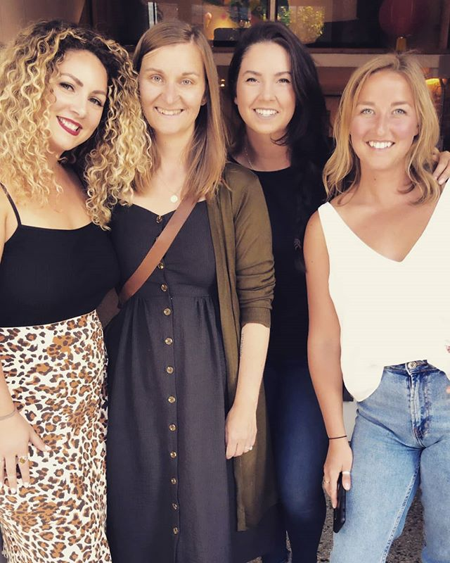 Victoria has been my home for five years now and every day I am in awe of the powerful, smart, driven and fiercely passionate women I have had the honour to meet. .  These three women have encouraged me to be proud of my work, that from the shit days come the lessons we cherish, and that a business relationship is by know means, strictly business 😉 👭🏼✊🔥 #popupwedding #entrepenuer #power #femaleentrepreneur fearless #smallbusiness #weddingvictoria #bcwedding #westcoastwedding #vancouverislandwedding #affordablewedding #weddingseason #letsgetmarried #theknot #tietheknow #motivation #floraldesign #floraldesigner #weddingplanner #wedding