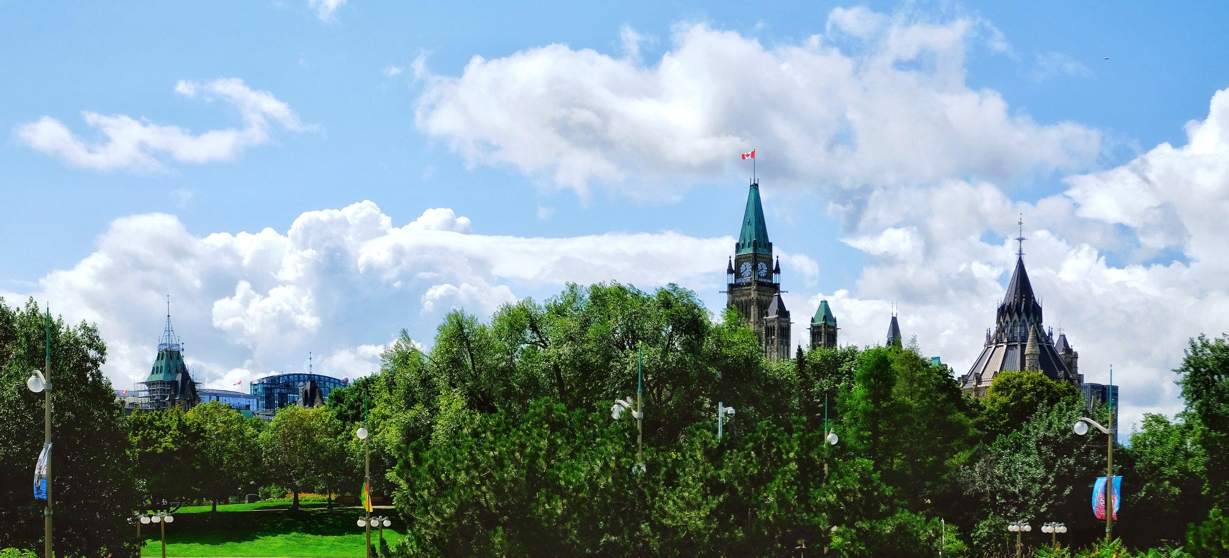 FLC_Ottawa_skyline_park.jpg