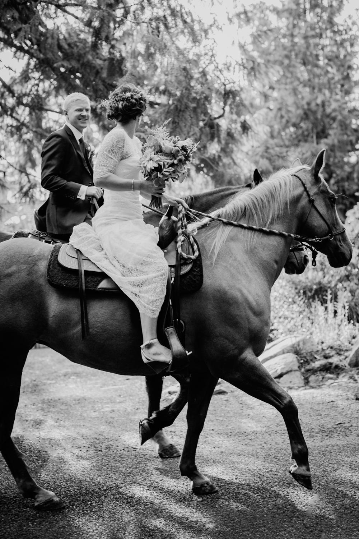 Mary Kalhor_Cattle Point Wedding_CTW_31.jpg