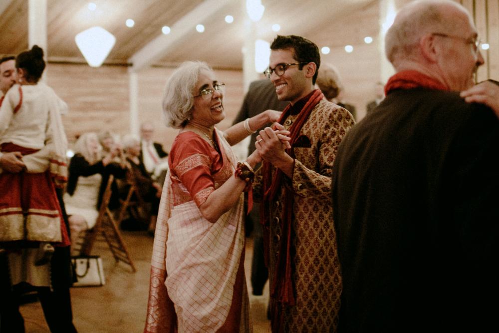 Mary Kalhor_ Whidbey Island Wedding_CTW_42.jpg