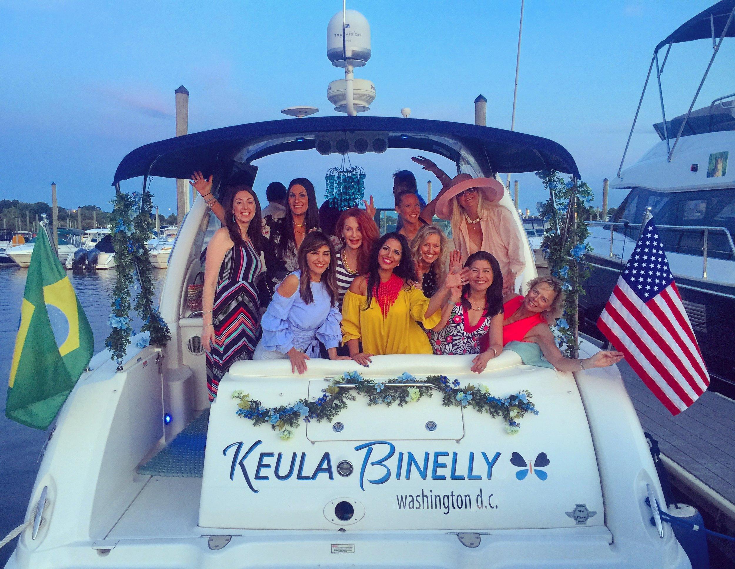 Savvy_Sexy_socia_womens_Networking_club_Keula_Binelly_Boating_life_washington-dc