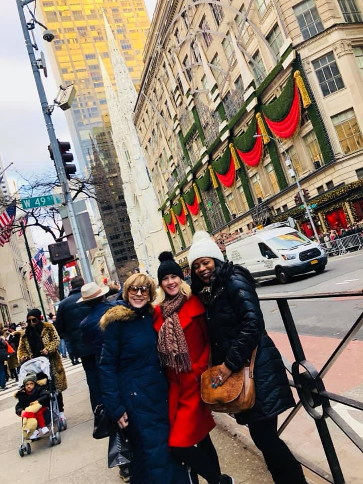 Savvy_Sexy_socia_womens_Networking_club_Keula_Binelly_Travel_NYC_Daytrip_reston_limousine_Sax