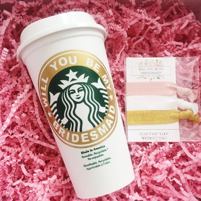 Who doesn't love Starbucks and sparkly hair ties! Loran Olivia nailed it with these! Check out the rest of her stuff on her etsy shop  here !
