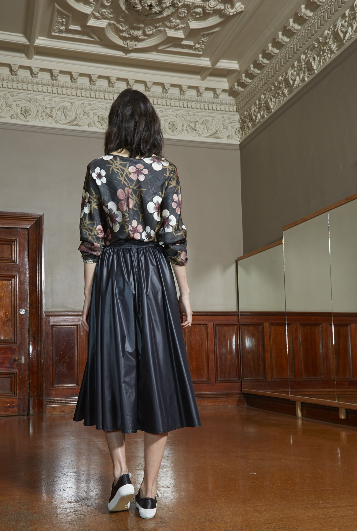 Storm skirt long 3.jpg