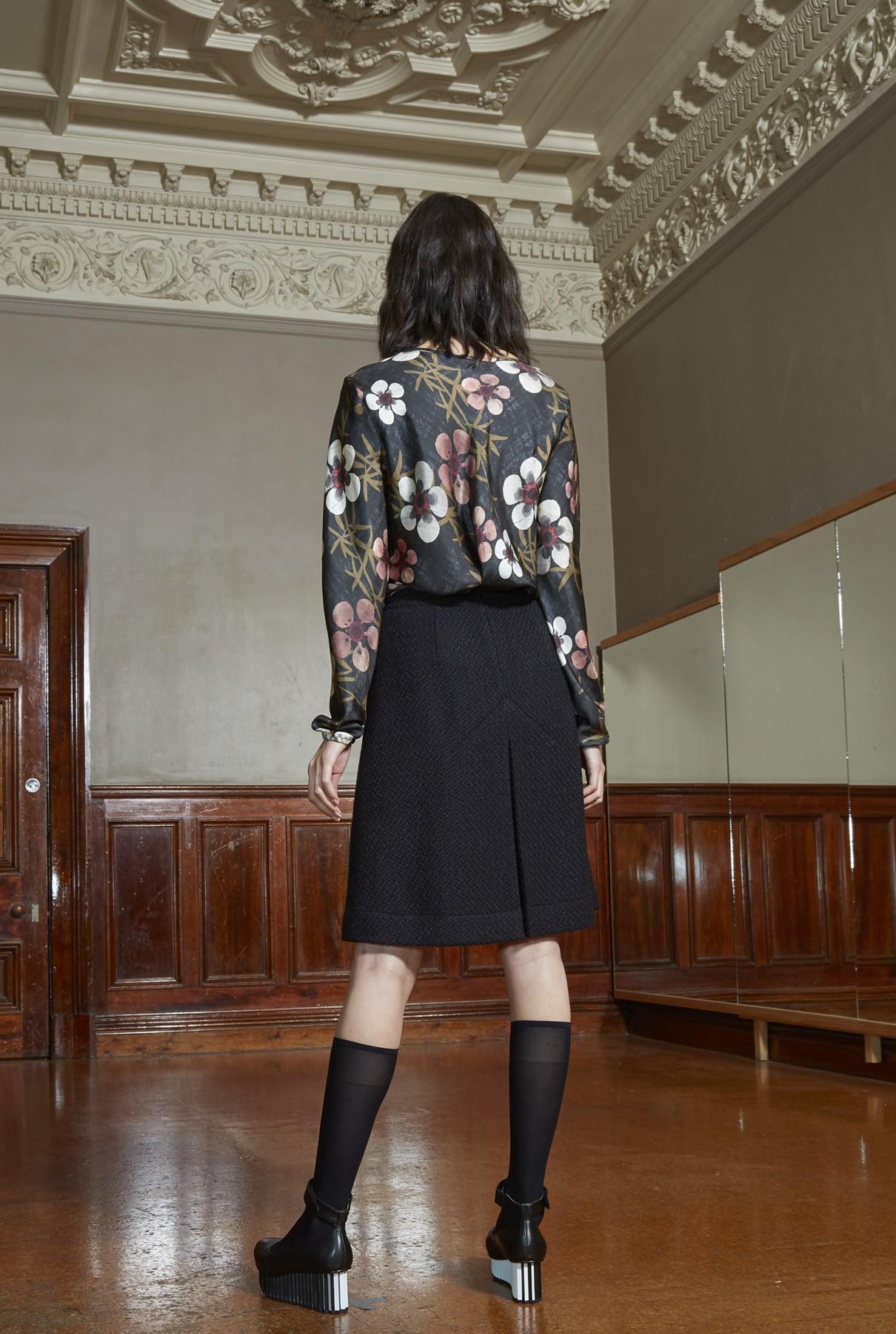 Dusk skirt short 2.jpg