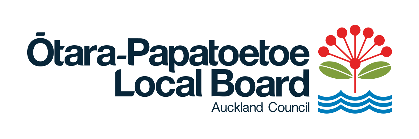 Ōtara-Papatoetoe  LB logo.png