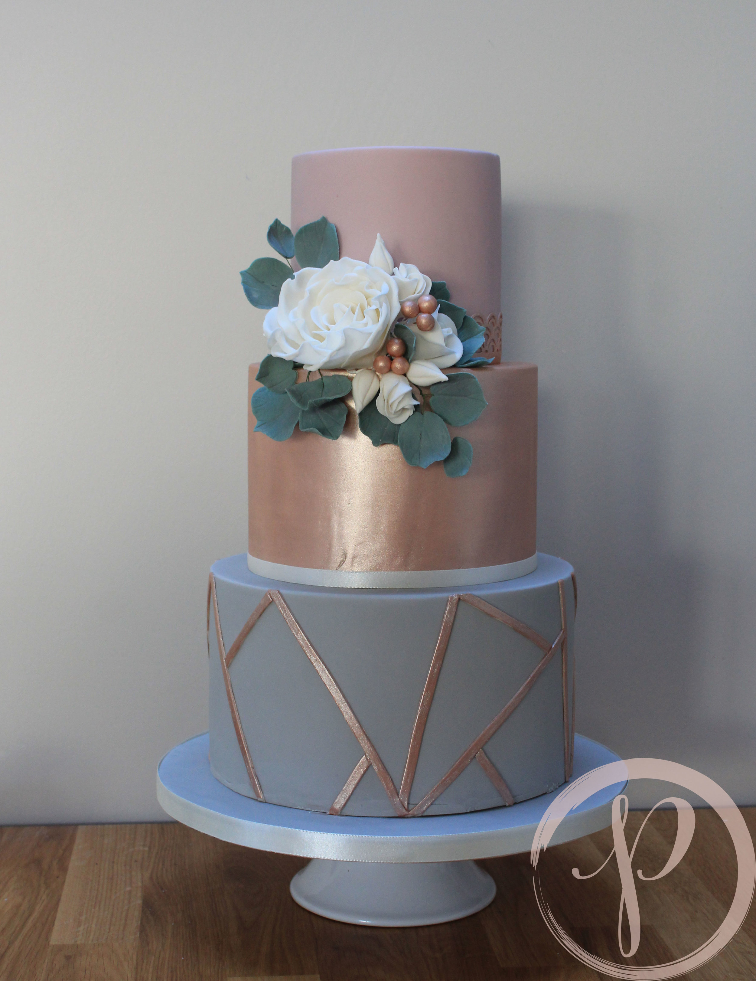 geometric wedding cake rose gold sugar flowers.jpg