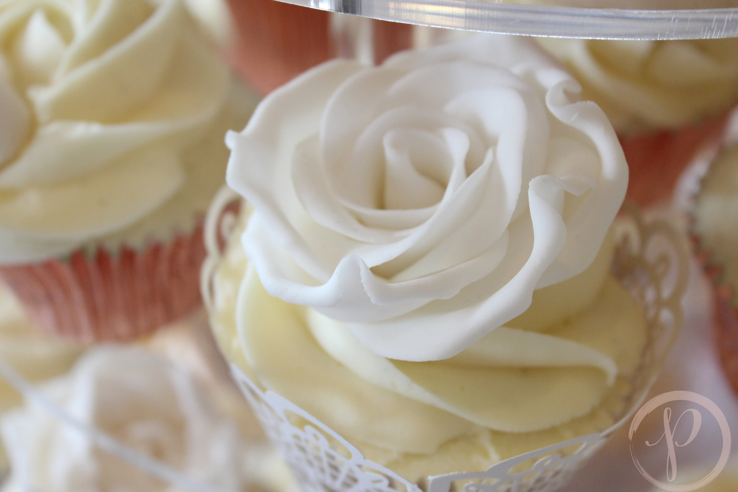sugar rose cupcake.jpg