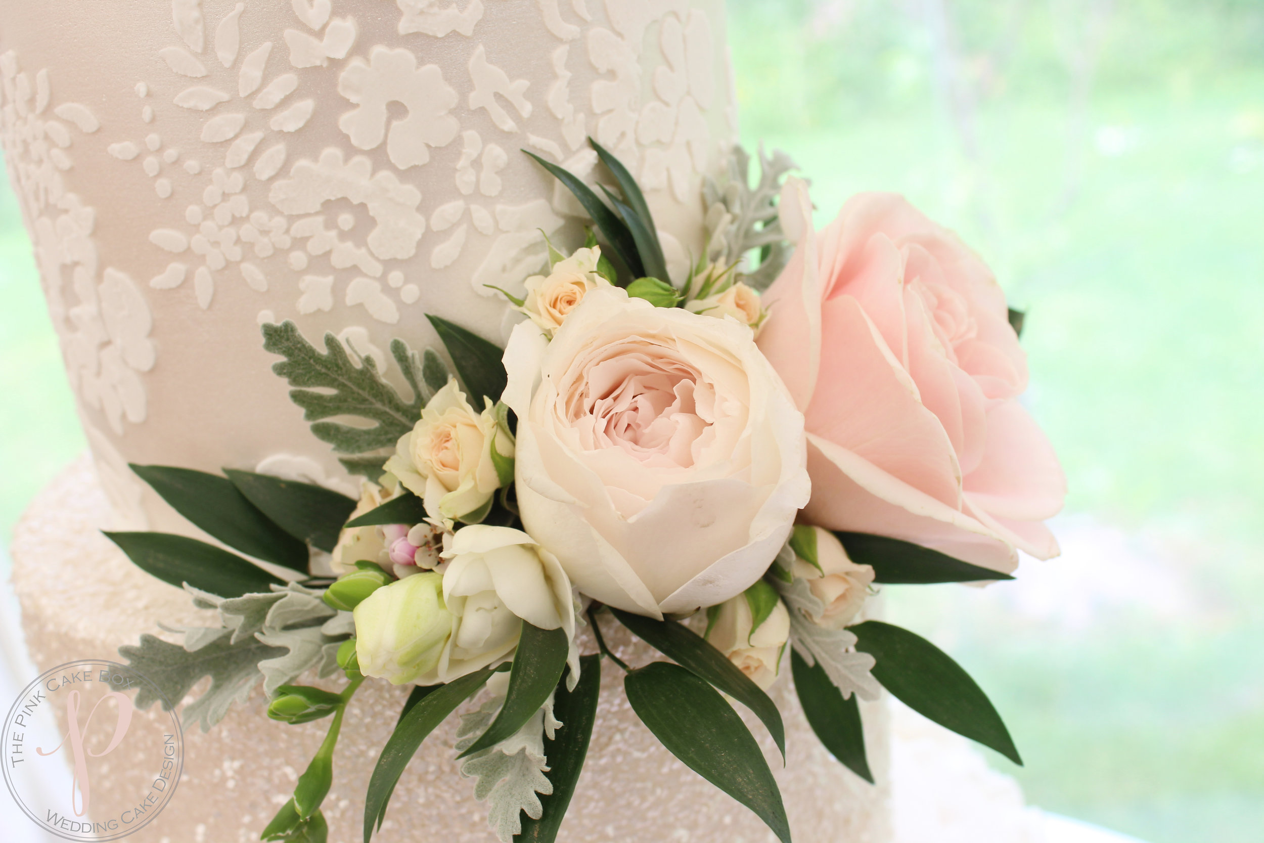 fresh flower posy wedding cake.jpg