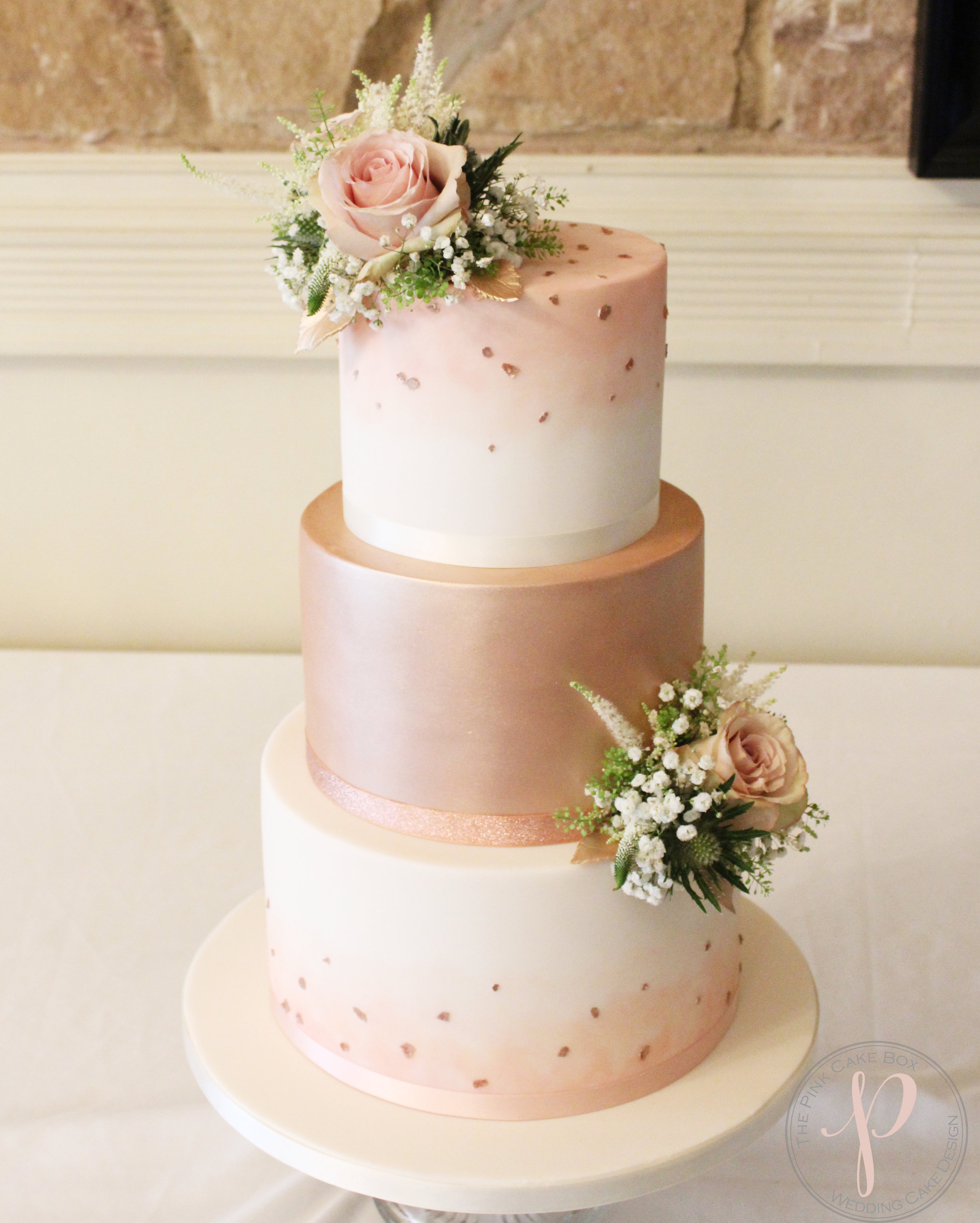 blush rose gold wedding cake.jpg